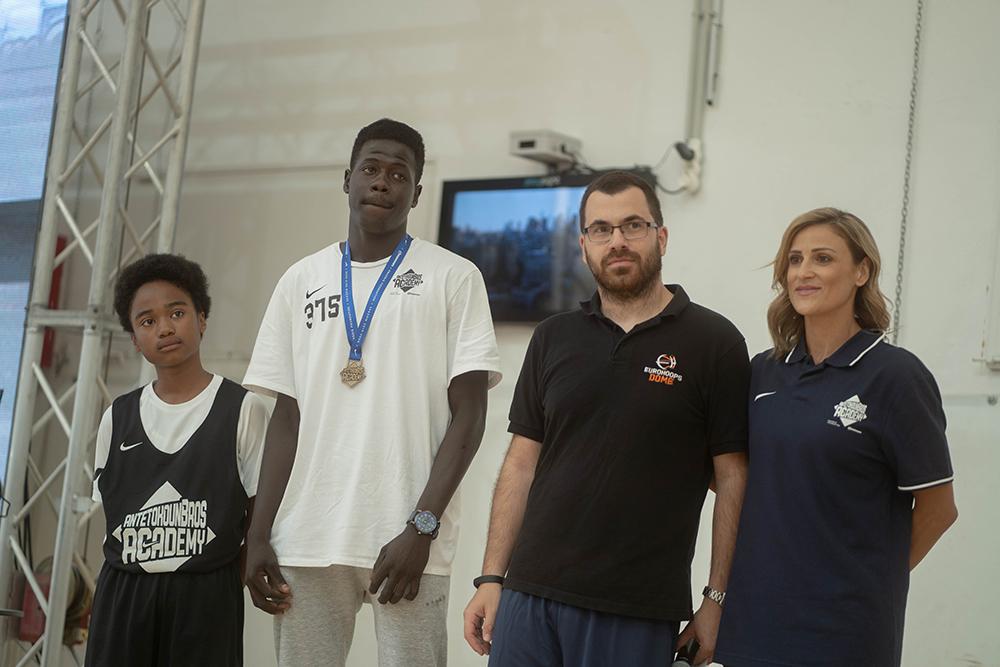 Eurohoops Academy Λεόντειος: Οι υποτροφίες που δόθηκαν στην AntetokounBros Academy (photos & Video)